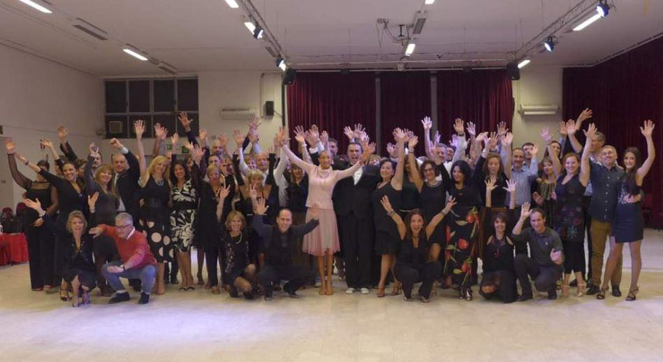 Passi Base di Tango Argentino, Vals e Milonga - Video Tutorial dei Maestri Beatrice Laghi e Davide Fazzone